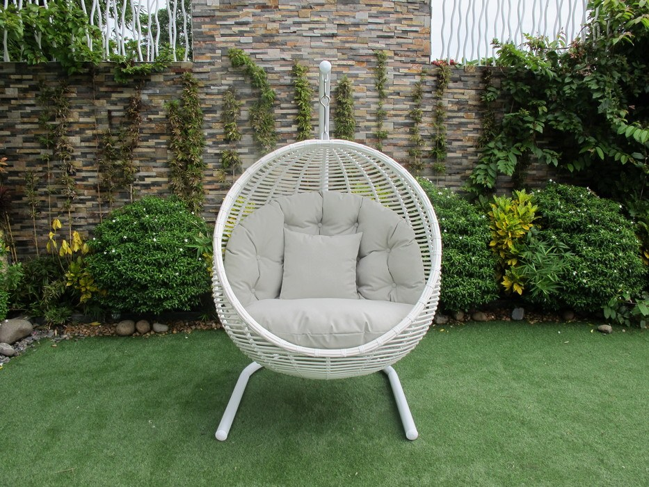 Sorrento Hanging Chair Round With Stand Black White
